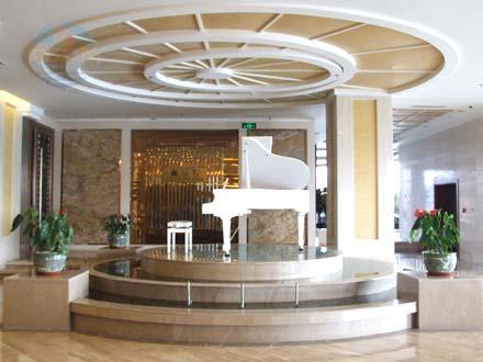 [秦皇岛宾馆]秦皇岛君御大酒店一楼钢琴演奏